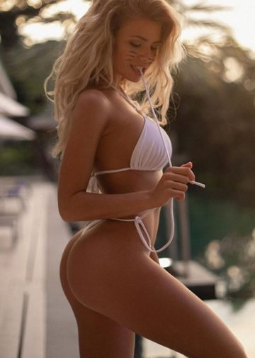 Nina gorgeous blonde escort amsterdam